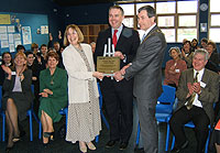 Richard Bacon MP (centre) joins with headteacher Rosemary Allen (left) and Chair of Norfolk County Council Cllr Patrick Hacon (right) to open the new school block