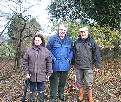 IMAGE: Richard Bacon MP (centre) with local residents Jane Knights (left) and Peter Cherry